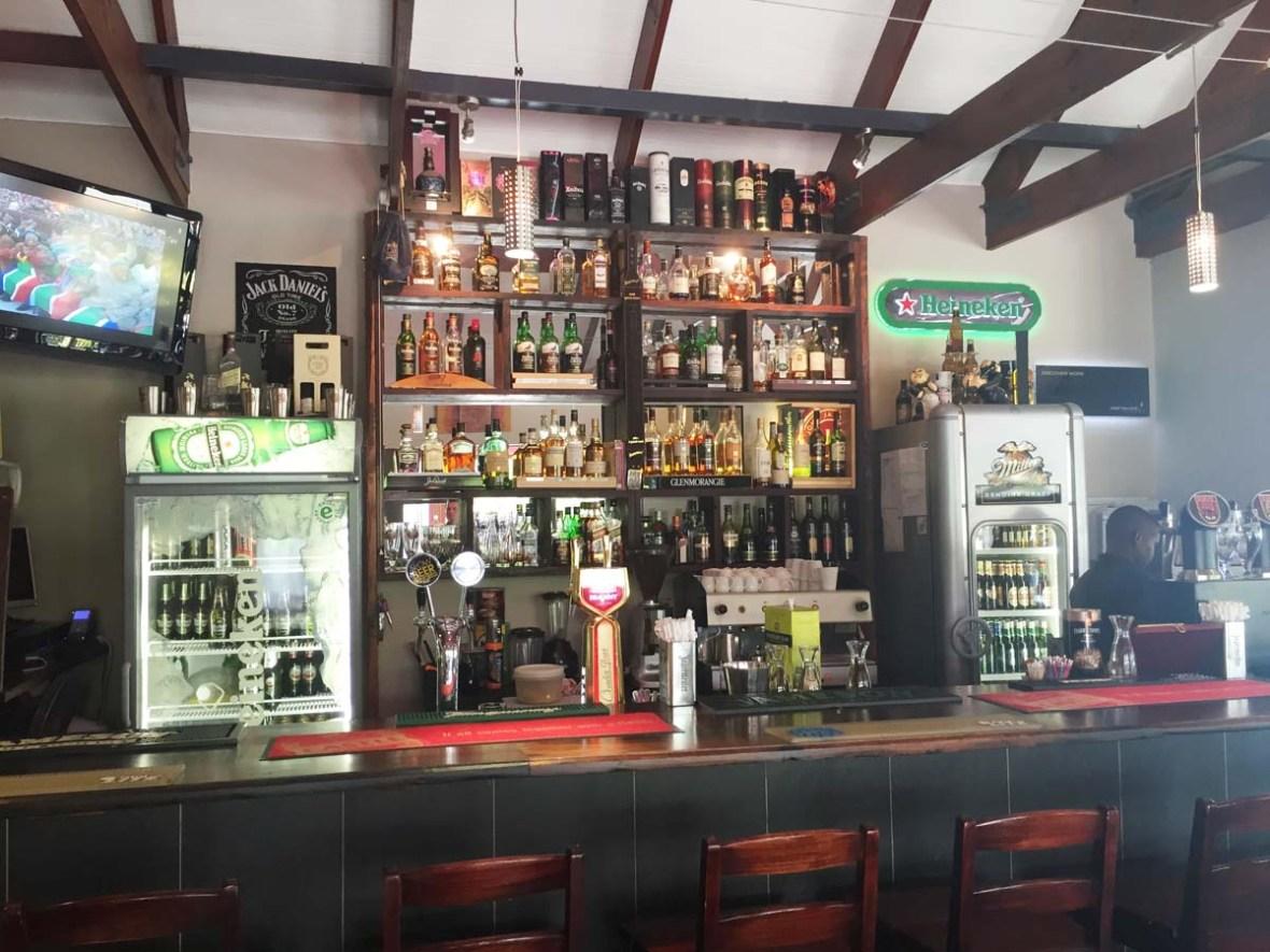Dullstroom mayfly bar